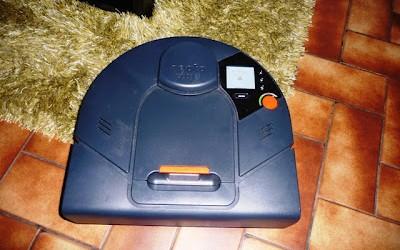Le Neato XV-15 de Neato Robotics