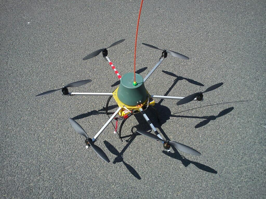 Un microcoptère amateur créé par un de nos lecteurs