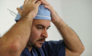 Les joueurs de jeux vidéos seraient meilleurs que les chirurgiens lorsqu'il s'agit d'opérations robotisées