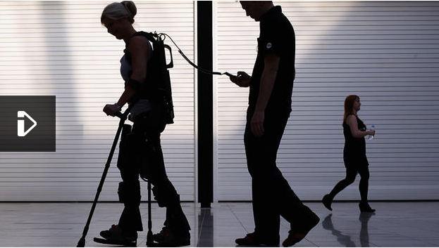 Se marier en exosquelette et marcher de nouveau : lorsque le rêve devient réalité
