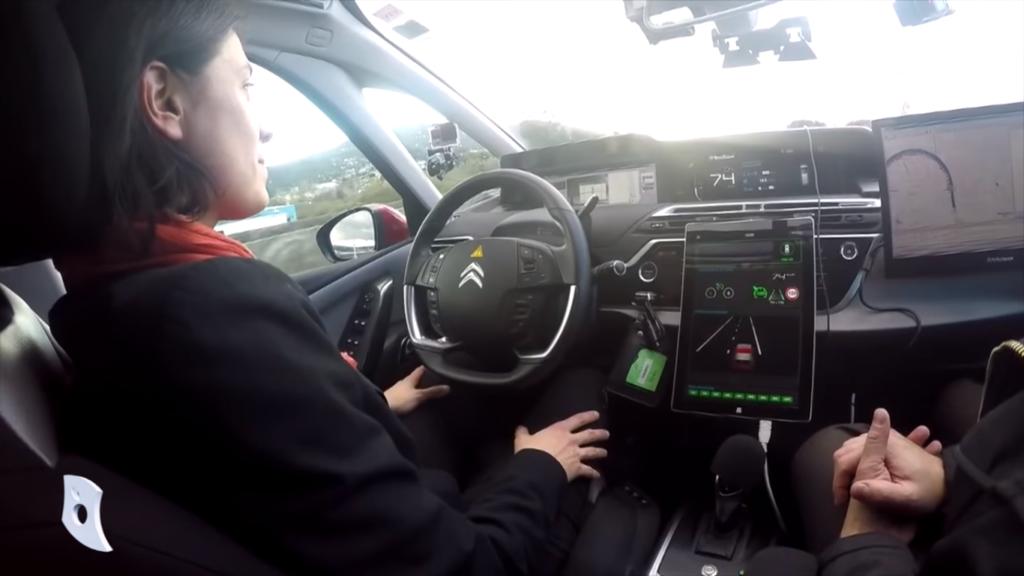 La réglementation pour les voitures autonomes évolue !