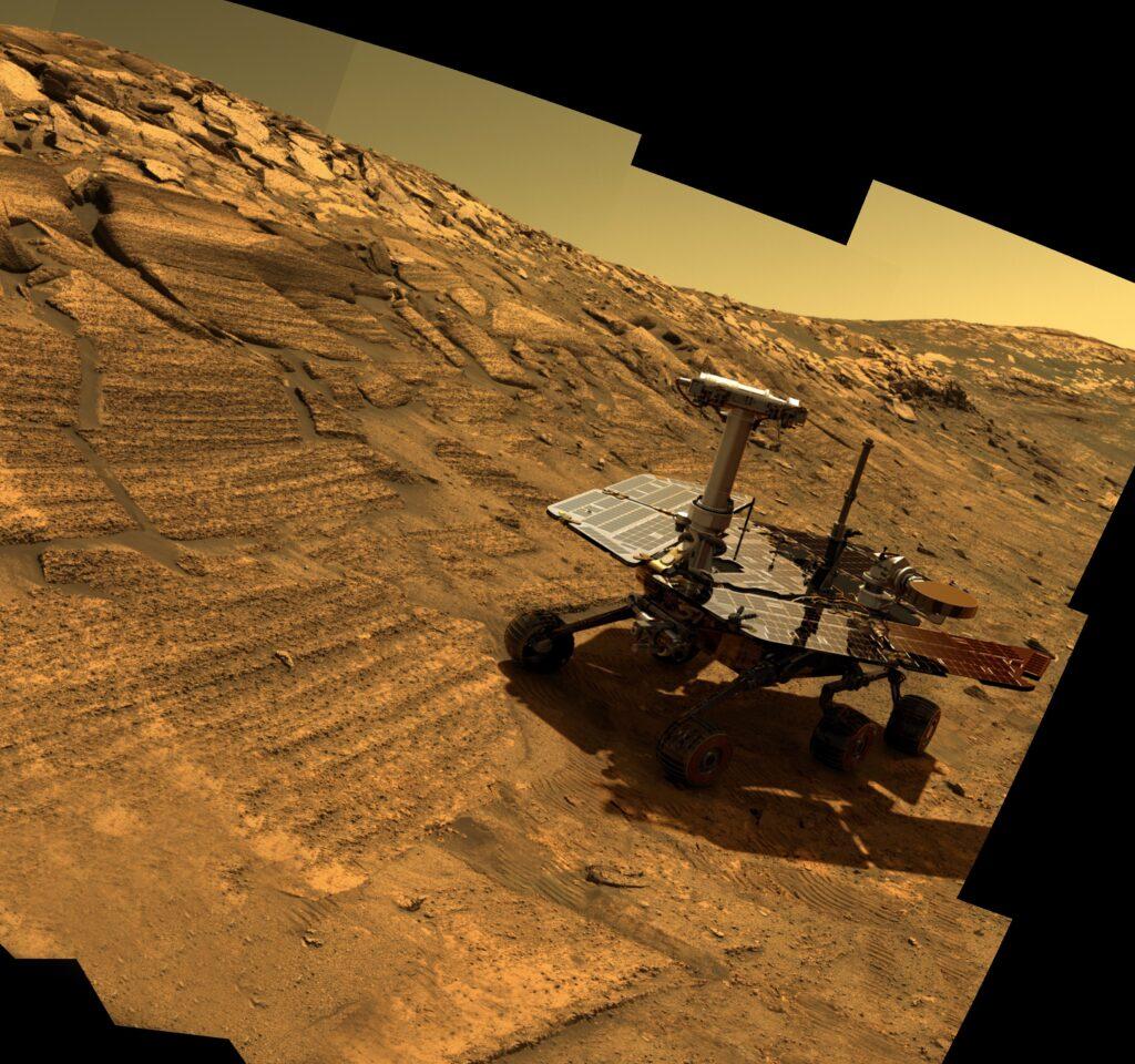Opportunity, dans le cratère Endurance sur Mars - Wikimedia Commons
