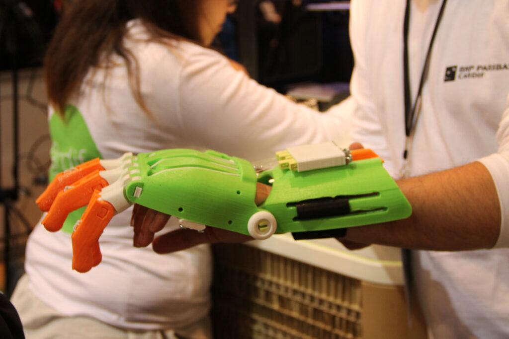 [Innorobo] e-nable offre des mains en impression 3D aux enfants