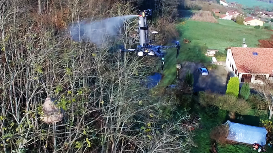 Drones contre frelons asiatiques : Spray Hornet