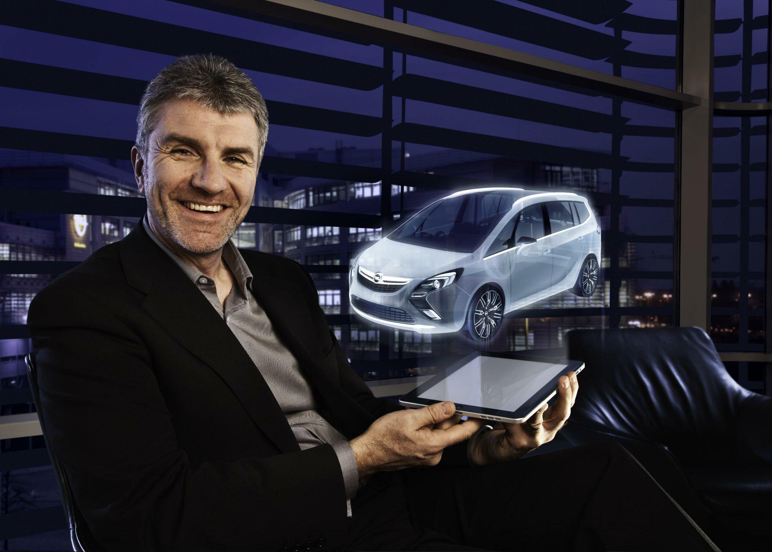 Un terminal holographique du futur. Ici, pour une publicité pour l'Opel Zafira Tourer