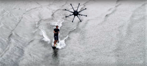 drone surfing - Planete Robots