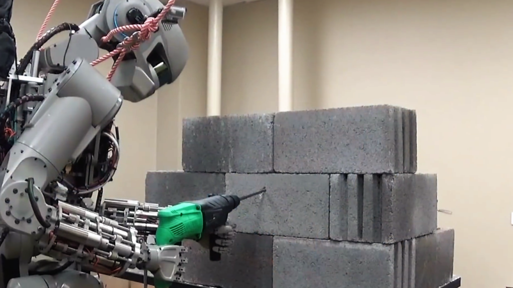 Un robot Russe aux multiples fonctions