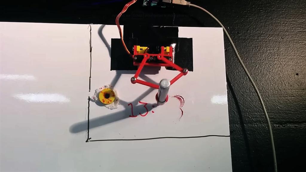 [Tuto] Créez vous même votre robot horloge pour tableau blanc