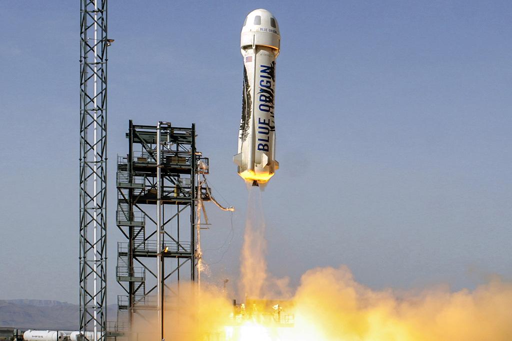 Blue Origin présente son lanceur atterrisseur New Glenn