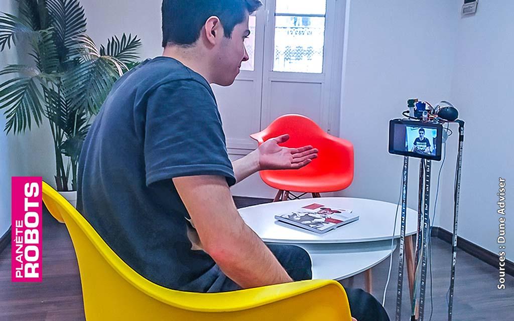 Le robot de téléprésence en démonstration