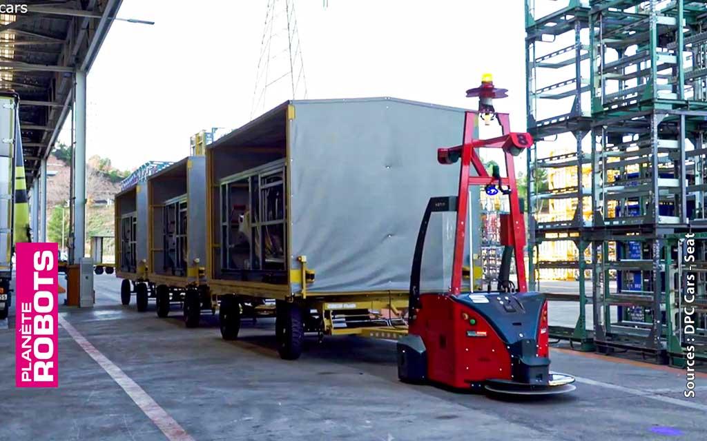 Un AGV dans l'usine peut tracter jusqu'à 10 tonnes de matériel