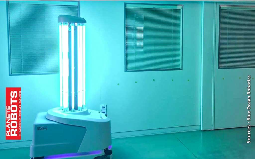 Un robot de désinfection en essai de performances dans un couloir d'hopital