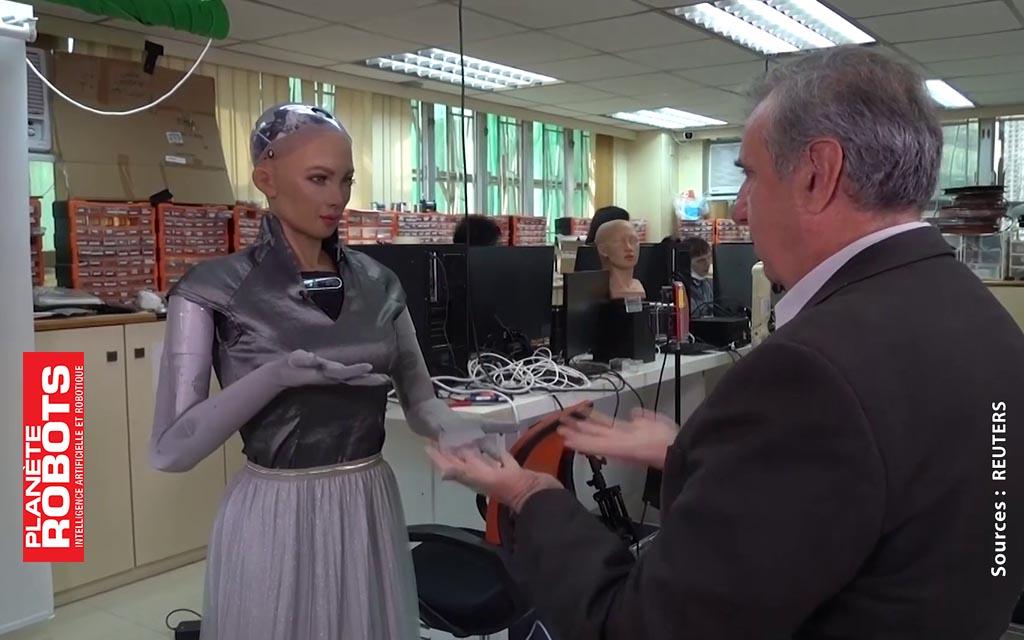 Sophia de Hanson Robotics cale ses mouvements sur ceux du patient