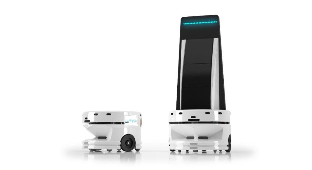 "Le robot Elodie de WYCA Robotics muni de son ""top intéractif"""