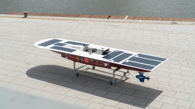 """Le bateau solaire """"Solaris"""" glisse sur l'eau grâce à Igus"""