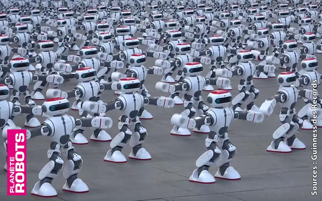 Dobi et ses 1068 clones remportent le record mondial de la danse robotique simultanée.