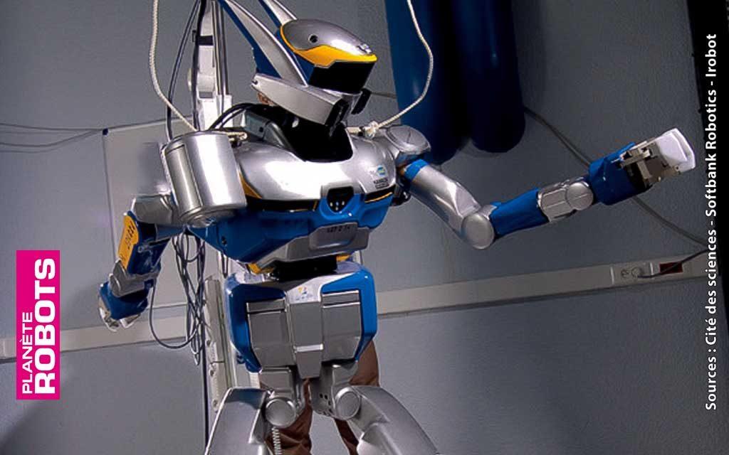 Robot HRP2 - Il existe quinze exemplaires de ce robot dans le monde, dont celui présenté dans l'exposition.